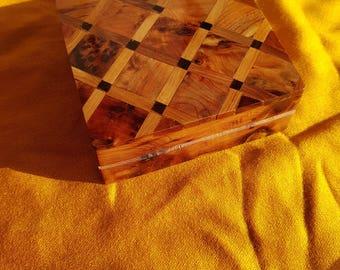 casket box olive wood