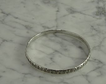 Sterling Silver Bangle (c)