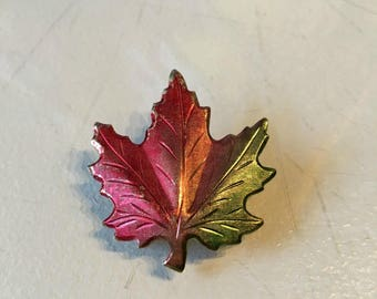 Vintage 1960s Gold Tone Tinted Autumn Leaf Brooch