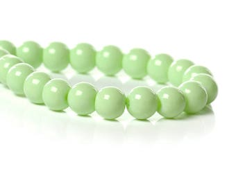 70s green 6mm glass pearls
