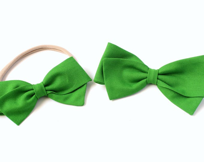 Green Hair Bow - Emerald Green - large Hair Bows - Hair Bows for Babies and Girls