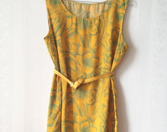 Yellow & green sleeveless vintage top
