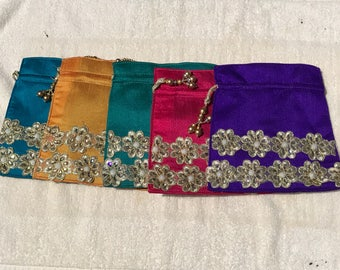 Indian Purse, Pack of 5/30.00 Wedding Clutch, Gift Bags,