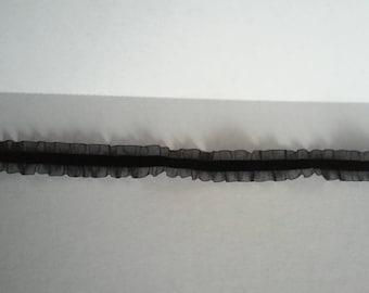 Black Lace Ruffle Choker