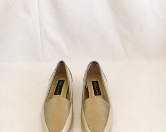 """Vintage Gold Tone Loafers // 8.5"""""""