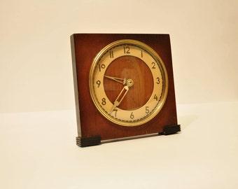 Vintage Mantel Collectible mechanical Vesna Clock USSR, Soviet desk clock, wood