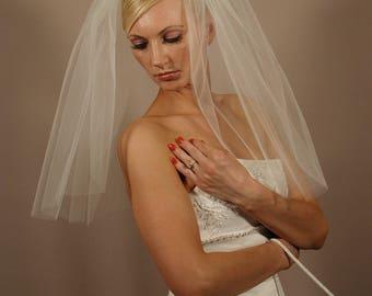 """Plain 22"""" Past Shoulder Length Wedding Veil with Cut Edge"""