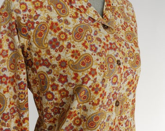 Vintage 60s Paisley Collared Blouse | 1960s Long Sleeve Button-up Floral Shirt |  Size Medium M
