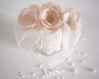 Bridal fascinator | Wedding fascinator | Bridal headpiece | Wedding headpiece | Bridal hair comb | Wedding accessories