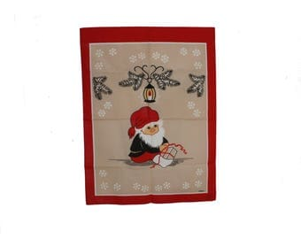 Lovely vintage retro Christmas 60s Parade Kitchen Towel with Santa wrapping present. Made by Stildukar, Sweden Scandinavian