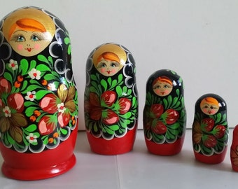 Very cute matryoshka nesting doll Strawberry 5 pieces