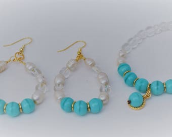 Beautiful set of Bracelet and Earrings