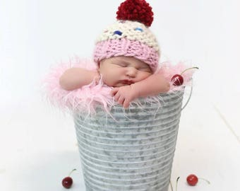 Cupcake Hat - Chunky Knit Photo Prop - Newborn, Baby
