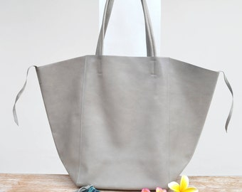 "Large tote bag ""KEMBOJA"" gray leather bag"