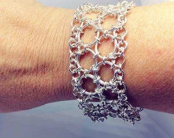Straight Japanese w/Fringe Bracelet