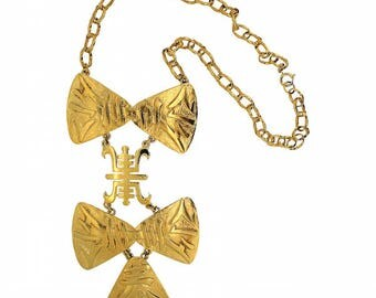 Lawrence Vrba for Castlecliff 1970s Gold Plated East Asian Inspired Vintage Necklace