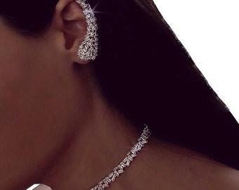 BAGUETTE EAR CLIMBER - ear cuff, ear climber, statement earrings, fashion earrings, silver earrings, baguette ear cuff, diamond earrings