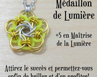 Médaillon de la Lumière - Succès, syndrome de l'imposteur - cotte de maille vortex, jeux de rôle, magie, donjons et dragons