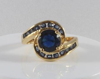 10k Yellow Gold Blue Cz Ring Size 9.25