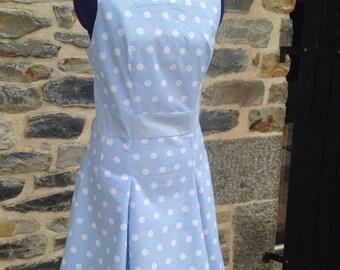 Vintage dress with polka dots skirt twist