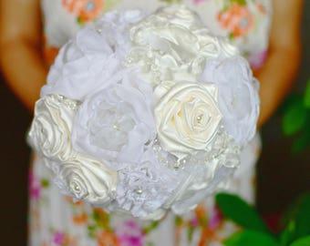 Ivory Bohemian bouquet Lace bridal bouquet Alternative bouquet Keepsake bouquet Elegant bouquet Shabby chic bouquet Destination wedding