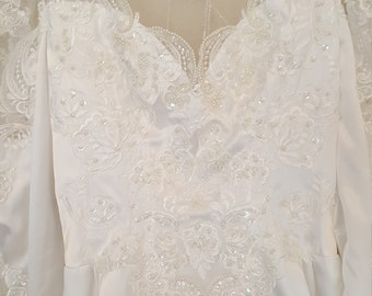 San Martin/Wedding dress/ Bridal gown/High collar/Dangling beads/Long sleeve/Shiny white/Size 4