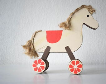 Handpainted Wooden Horse - Rustic Decoration, Gift for Horse Lovers, Farmhouse Decor, Wooden Decor, Painted Horse, Natural Decoration