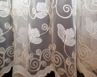 Embroidered TULLE curtain with hand-sewn edges with scalloped hem and curtain curled at the top cm 200 x 265