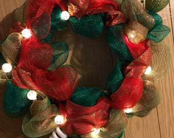 "18"" Christmas Wreath with Lights"