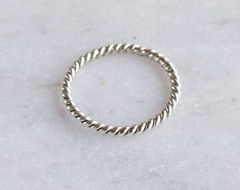 Thin Sterling Silver Ring, Twisted Wire Ring, Skinny Ring, Minimal Round Siver Ring, Stacking Ring, Simple Ring, Midi Silver Ring