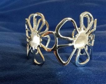925 Sterling Silver Flower Cuff Bracelet