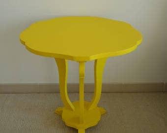 Small yellow Table diameter 60 Cm