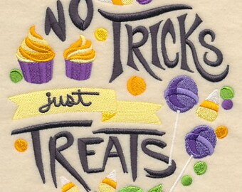 No Tricks Just Treats, Embroidered Halloween Dish Towel, Halloween Tea Towel, Halloween Decoration, Halloween Kitchen Towel