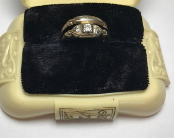 1930s wedding set in Original Dennison Plastic Box 10k