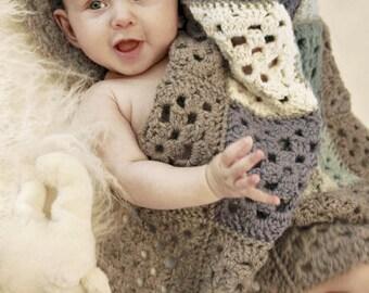 Crochet baby blanket, alpaca wool blanket, baby shower gift, newborn gift, gift idea, christmas gift, granny square blanket, wool blanket