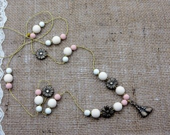 Shabby chic necklace/Necklace vintage 90s/Romantic Necklace/Flower Girl Necklace/Bridesmaids Necklace/Pastel colors pearl necklace//