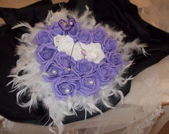 Parma violet feather heart ring pillow