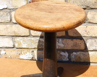 Vintage Industrial Singer Sewing Factory Machinists Stool Chair in Original Untouched Condition