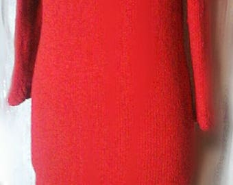 Red wool dress (yak / angora) model Kallline hand knitted