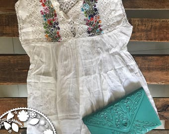 Spanish blouse without sleeve