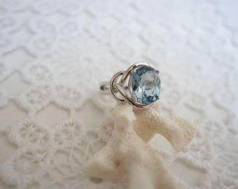 OH my Blue Topaz and silver ring T56