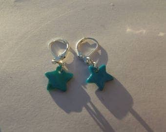 Dangling earrings with hooks sleepers in silver and turquoise blue shell star shaped sequins