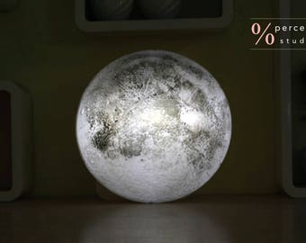 Healing Moon Wall-mounted Lamp