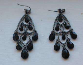 Dangle Black Earrings