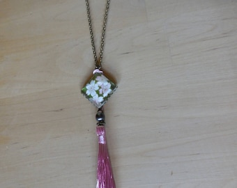 Cabochon origami and long pink tassel necklace