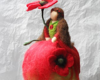 Suspension - Fairy with poppies - felted wool - (Waldorf)