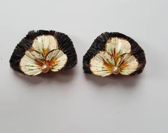 SALE!!! Vintage 1960s novelty clip on earrings flowers