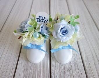 It's a Boy! Baby Shoes Silk Flower Arrangement (Baby Gift, Baby Shower, Baby Photo Props, Children Photo Props, Silk flower)