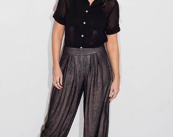 Demi Bell Sleeve Blouse in Black