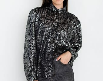 VINTAGE Black Silver Long Sleeve Retro Shirt